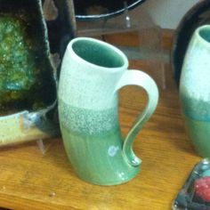 Extruded curved mug