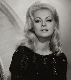 Virna Lisi, 1966