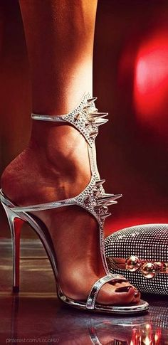 1424327_539757272773145_586258719_n.jpg (462×950) christians, spike, clutches, christian louboutin shoes, stud, sandal, earth, killer heels, christianlouboutin
