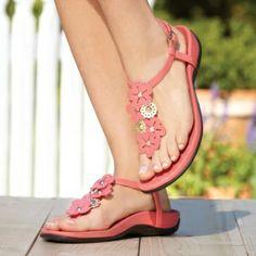 Orthaheel Women's Julie Thong Sandals :: Women's Shoes :: Casual Sandals :: FootSmart