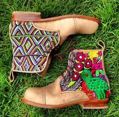 Perfect boots! Handmade in Guatemala www.teysha.is #teysha