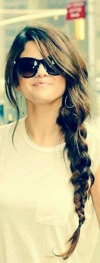Cute & Easy Hairstyles for Spring Break http://fashionsworld123.blogspot.com/