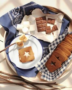 Star S'Mores Recipe. Perfect for summer celebrations! @Martha Stewart Living  #recipes #SharingGoodFood