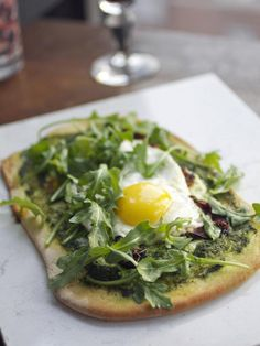 Flatbread With Eggs, Tomatoes and Arugula Recipe : Decorating : Home & Garden Television