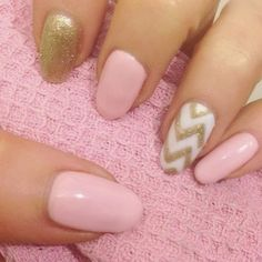 How to Chic: MULTI COLORED NAILS TREND