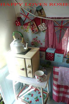 happy loves rosie mobile home