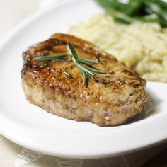 Apple Mustard Pork Chops – The Foodee Project