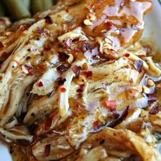Crock Pot Sweet Garlic Chicken. Gameday recipes. Game day ideas. Football party recipes. #recipes #Chicken #gameday
