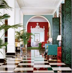 Hollywood Regency Style  by Dorothy Draper.  Draper's love of dull white and glossy black, highly polished checkered floors, intricate mirrors, and lacquered doors would all become elements of the Hollywood Regency style.