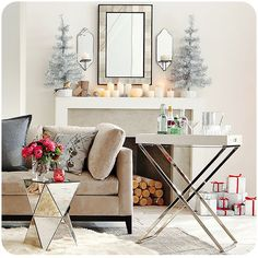 Overview of Modern, Contemporary & Streamlined Christmas Decorating