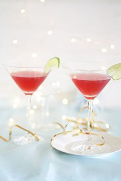 Cranberry, Champagne and Vodka Cocktail