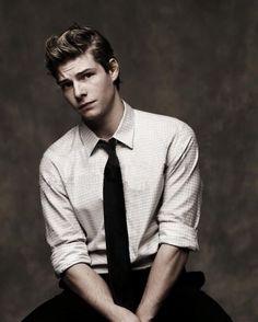 Hunter Parrish.
