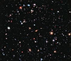 Impresionante. Cada punto de luz es una galaxia.  The Hubble Extreme Deep Field (XDF): an image of a small area of space created using Hubble Space Telescope data from combined Space Telescope exposures taken over a decade.