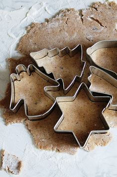 gingerbread cookies with spiced glaze