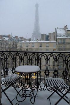 december, winter, snowi pari, paris apartments, balconies, travel tips, france, place, cold weather