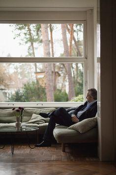 Freunde von Freunden — Jan Schmidt-Garre — Film director & Author, House & Studio, Grunewald & Mitte, Berlin — http://www.freundevonfreunden.com/interviews/jan-schmidt-garre/