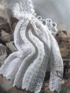 Victorian Baby Cape  Designed by Elizabeth White This snow white, adorable cape will look perfect on your little one or their favorite doll. Size: Fits newborn up to six months. crochet babi, crochet blankets, crochet afghans, babi cape, crochet baby blankets, blanket patterns, crochet accessories, fashion model, snow white