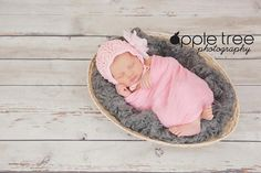 Crochet Pattern for Unisex Arrowhead Baby Bonnet Hat - 5 sizes, newborn to child - Welcome to sell finished items