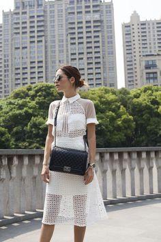 Perfect white dress #streetstyle #whiteoutfit