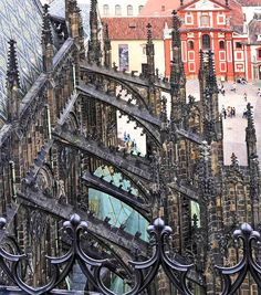 Flying buttresses in Prague