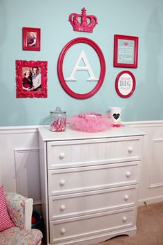 Pink Gallery Wall - #nursery #gallerywall