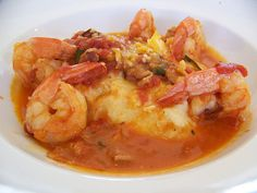 shrimp with red eye gravy and grits