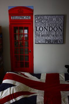 London theme bedroom on pinterest union jack poster for British themed bedroom ideas