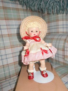 VINTAGE Vogue Ginny 1952 JUNE #41 Tiny Miss Series mint in box