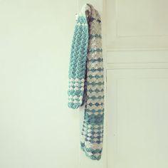 ByHaafner, crochet, scarf, Vinnis Nikkim using pattern: Beachcomber Baby Blanket by knitculture.com