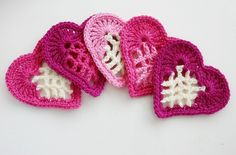Ravelry: From the Heart Bunting FREE pattern by Susan Carlson.