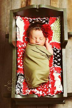 Baby Cradle shot. babies photography, babi cradl, newborn photography cradle, cradl shot, sleeping babies, baby pictures, baby photos in a cradle, perfect babies, baby newborn pictures