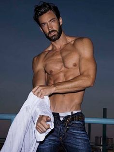 Aaron Bean, new Model Universe Champion 2013