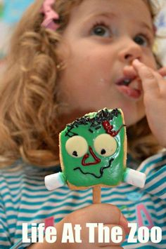 Not all monsters have to be scary! These easy and adorable Frankenstein Cookie Pops are a great spooky treat! (via Life at the Zoo)