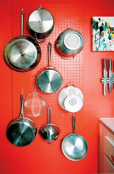 pots and pans storage on a wall?? If so I think I have the perfect wall ??