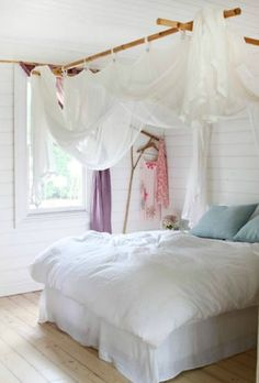 interior design, cottag, beach bedrooms, canopy beds, white bedrooms, hous, bed canopies, sweet dreams, curtain