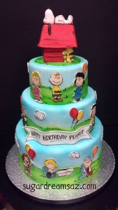 snoopy cake @Lisa Fisher this is your next bday cake :)