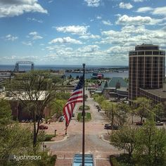 """#VoteDuluth for Outside Magazine's """"Best Towns 2014"""" competition. Visit www.facebook.com/exploreminnesota to find the link to vote. (Image by @Kathy Chan Chan Johnson) #OnlyinMN"""