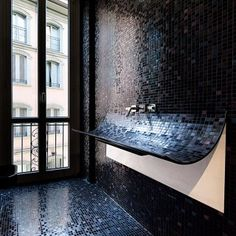 wet room = wet wall
