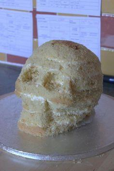 Skull cake tutorial