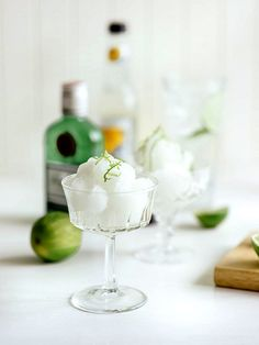 Adults only! Cool off with a gin & tonic sorbet frozen cocktail