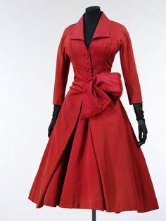 Ecarlate    Christian Dior, 1955
