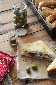Za'atar-Spiced Chicken and Bell Pepper Sandwiches with Labneh Recipe