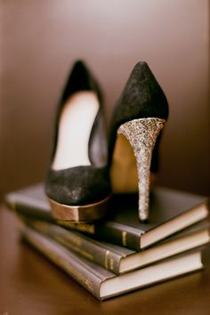 black shoes with gold sparkle | Photo by His and Her weddings
