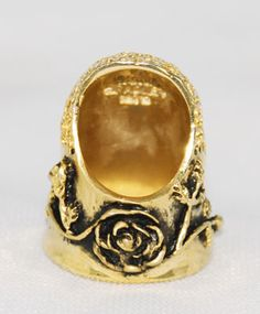 Vintage Carol Bradley Thimble. Vintage gold plated rose thimble