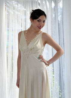 GLAM Ivory Vintage Olga Nightgown 36 Lace Inset by empressjade, $151.00