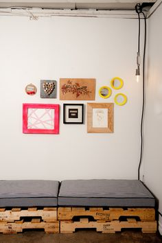 pallet beds, seat, wooden pallets, pallet furniture, craft studios