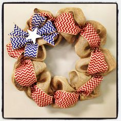 4th of July Chevron Burlap Wreath....can someone make this for me?:)
