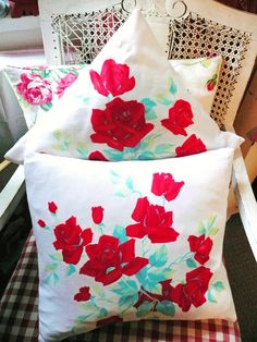 pillow!! Love!! red!