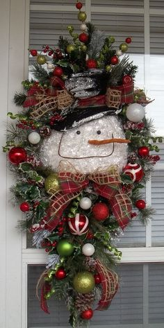 """""""SNOWMAN DOOR SWAG"""" - XXL Christmas Winter/Holiday Swag Decoration by DecorClassicFlorals on Etsy, $159.95"""