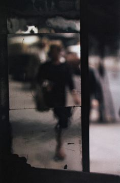 Saul Leiter - Shopping, ca. 1953
